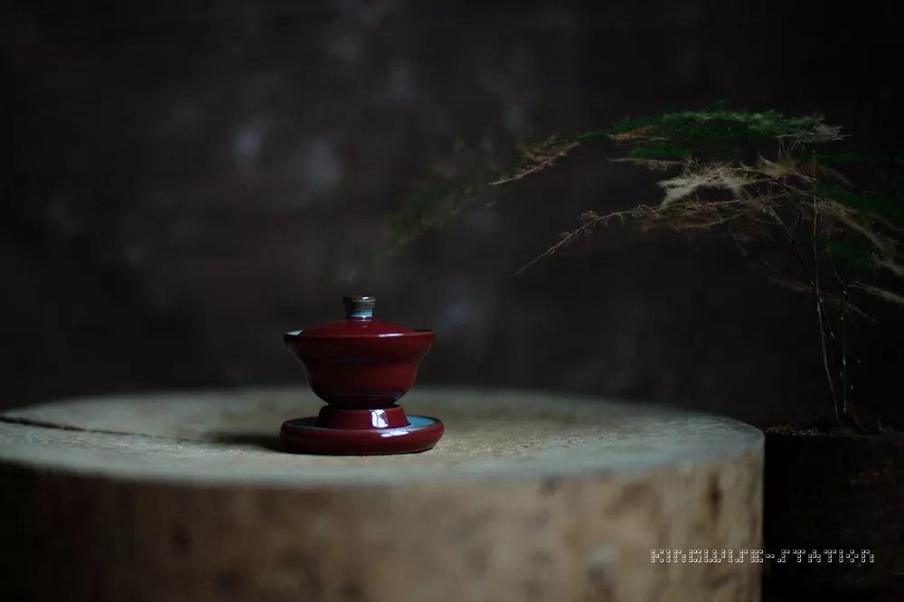 祭红:纵身一跃的那一抹传奇